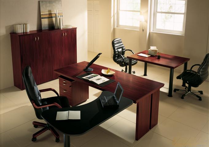 Scrivania direzionale max dr scrivanie direzionali for Mobili ufficio scrivania
