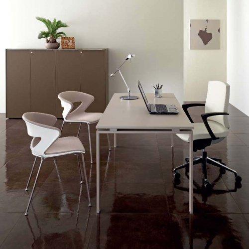 Scrivania gamba metallica a u abo scrivanie for Mobili metallici per ufficio
