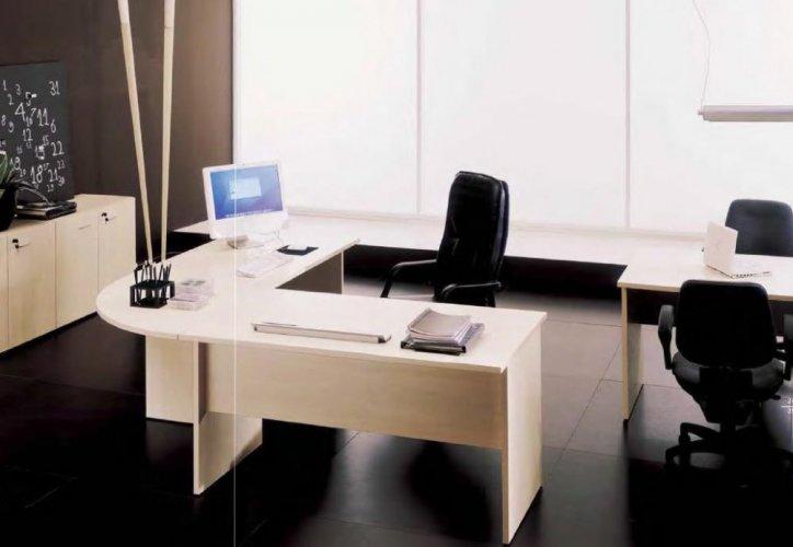 Scrivania mr job serie economica bon scrivanie for Scrivania economica ufficio