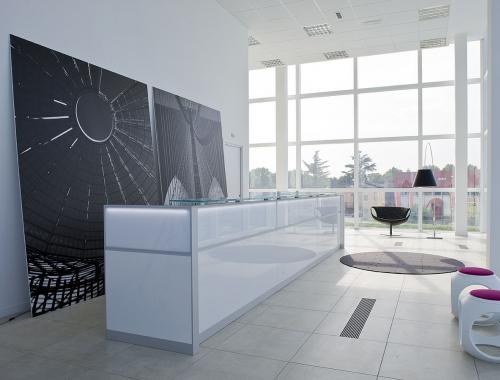 Reception led dv banchi reception mobili per ufficio for Mobili ufficio reception