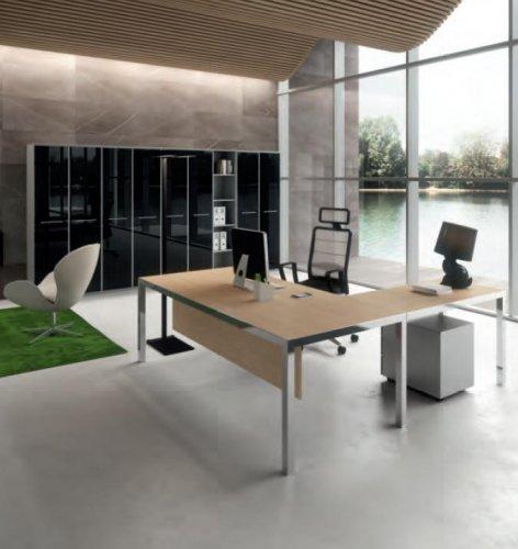 Scrivania presidenziale mod rym dv scrivanie for Mobili metallici per ufficio