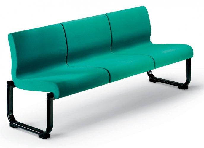 Poltrona e divano d 39 attesa mod nives grd poltrone e divani per sale d 39 attesa poltrone per - Divano per ufficio ...