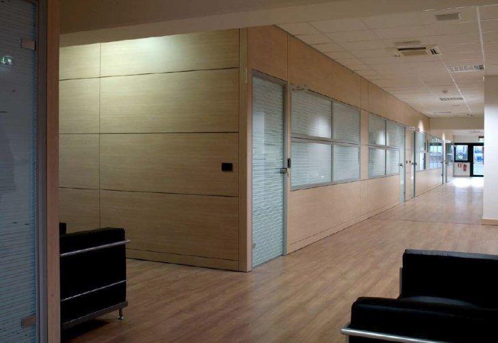 Pareti divisorie monolitiche pareti divisorie mobili for Cioccari arredamenti via appia